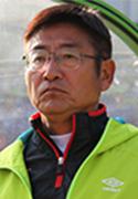 映像を使ってフィードバックを行っている須佐 徹太郎監督
